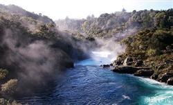 移民新西兰:品味纯净的五大湖泊