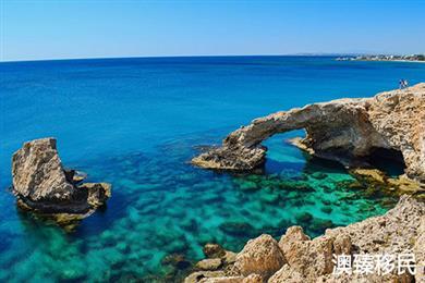塞浦路斯移民到底怎么了,护照项目为何暂停不开?